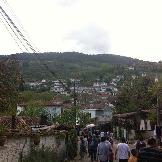 4/22/2012 tarihinde Onur B.ziyaretçi tarafından Şirince Artemis Şarap ve Yöresel Tadlar Evi'de çekilen fotoğraf