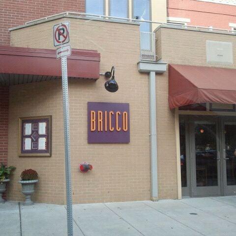 Foto tomada en Bricco por Matt N. el 10/18/2011