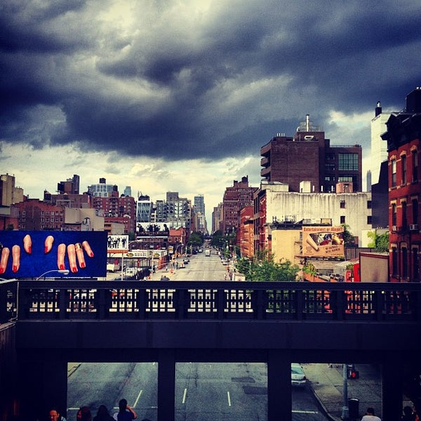 Photo taken at High Line 10th Ave Amphitheatre by Patrick C. on 6/3/2012