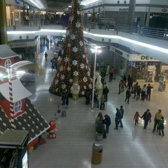 Photo taken at Centro Las Americas by Albertti M. on 12/30/2011