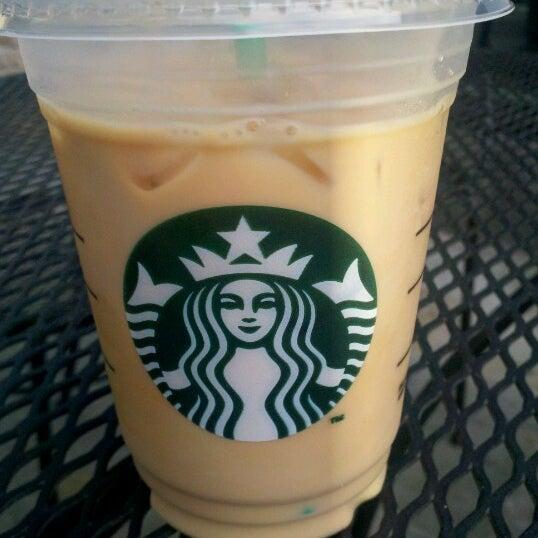 Photo taken at Starbucks by Ricardo A. on 6/22/2012
