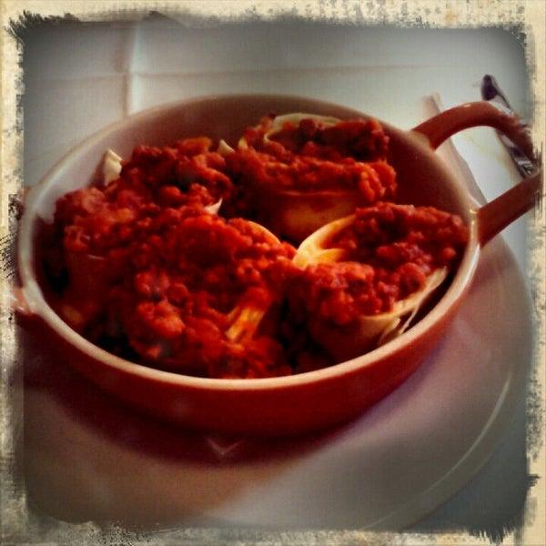 Foto tirada no(a) Zeffiro Restaurante por Fernanda V. em 12/7/2011