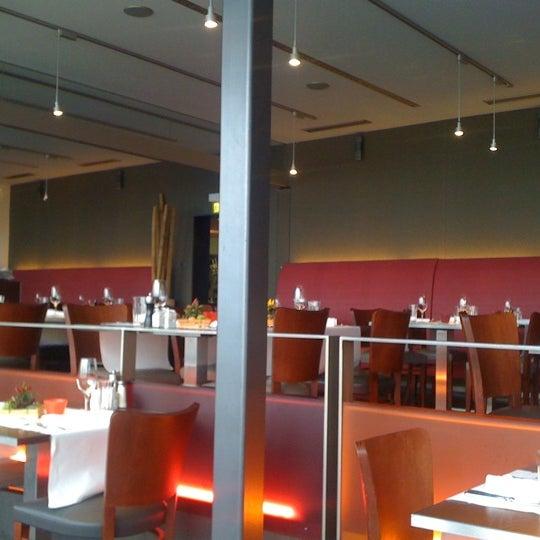 Das Foto wurde bei Restaurant Die Waid von Sven E. am 10/15/2011 aufgenommen
