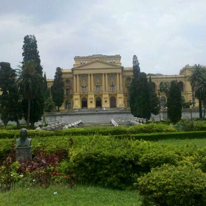 Das Foto wurde bei Museu Paulista von Gabriel O. am 11/27/2011 aufgenommen