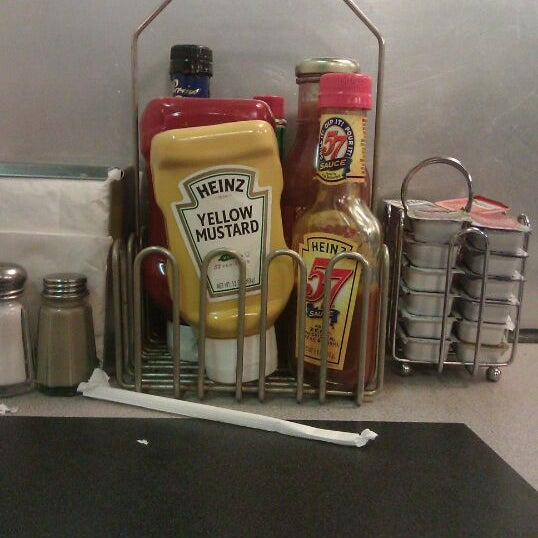 Photo taken at Waffle House by Annie M. on 10/20/2011