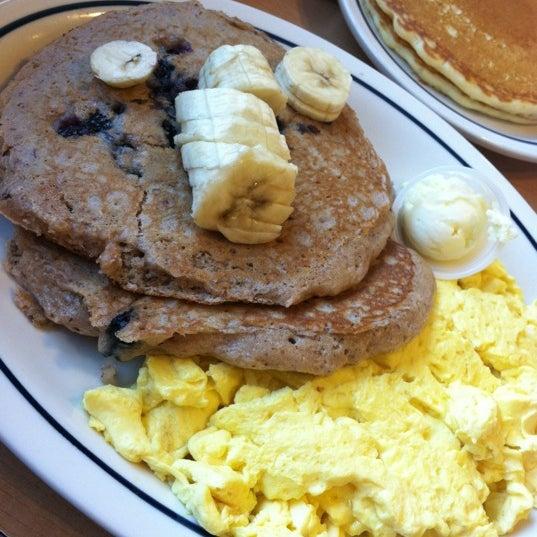 Photo taken at IHOP by Hvnlyflwr on 6/22/2012
