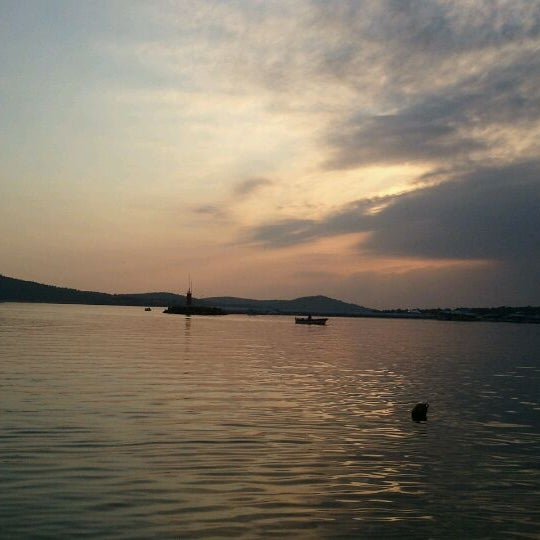 1/4/2012 tarihinde Erdem Savas P.ziyaretçi tarafından Cunda Deniz Restaurant'de çekilen fotoğraf