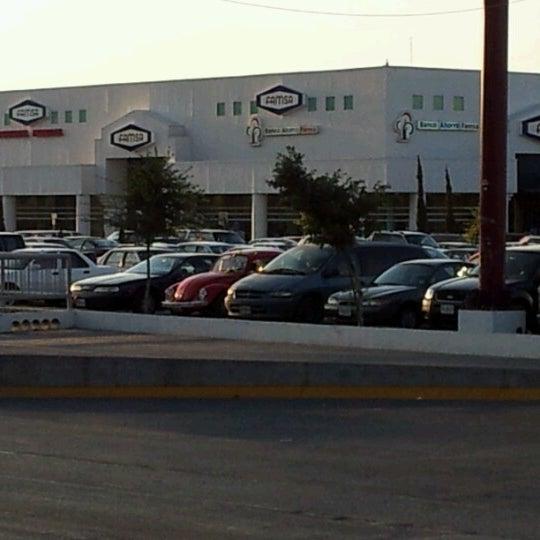 Sun mall centro comercial en guadalupe for Centro comercial aki piscinas precio
