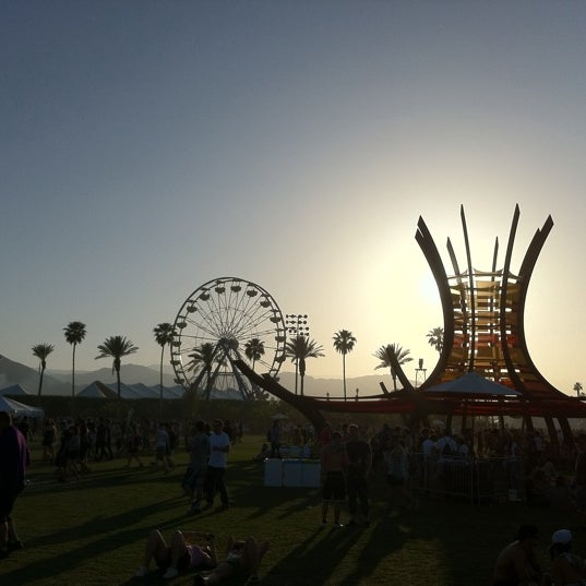 Photo taken at Coachella Valley Music and Arts Festival by Melissa A. on 4/18/2011