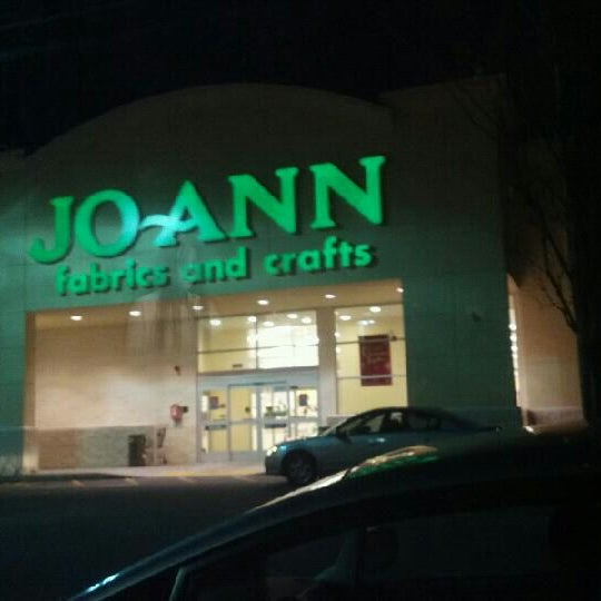 JoAnn Fabric and Craft store or outlet store located in Goodlettsville, Tennessee - RiverGate Mall location, address: Rivergate Parkway, Goodlettsville, Tennessee - TN