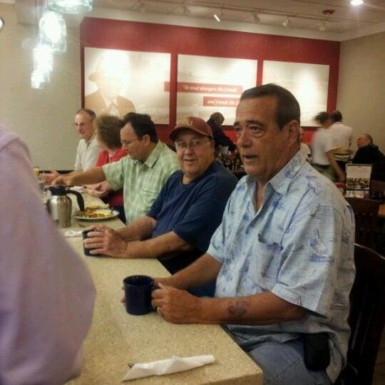 Photo taken at Bob Evans Restaurant by Alex G. on 5/25/2012
