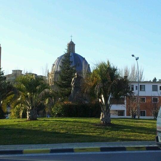 Foto diambil di Monumento a Juan Pablo II oleh Abogado Pamplona w. pada 2/3/2012