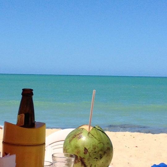 Foto tirada no(a) Praia de Guaxuma por Danyla R. em 5/1/2012