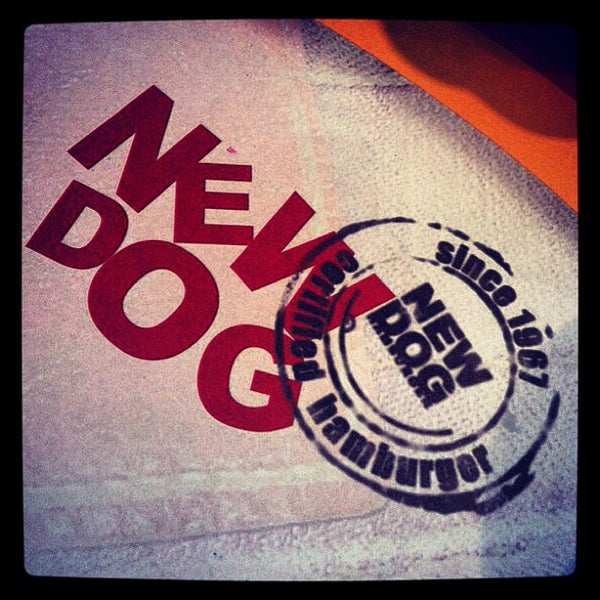 Foto tirada no(a) New Dog por Vagalume e. em 7/21/2012