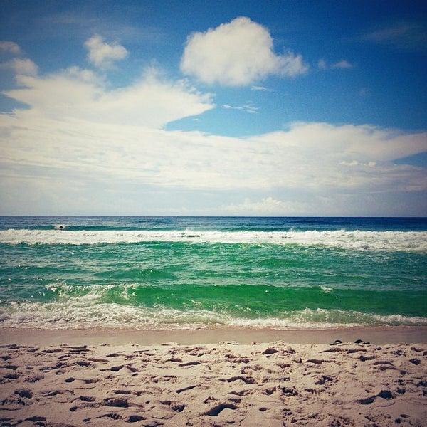 Photo taken at Hilton Pensacola Beach by Autumn S. on 9/8/2012