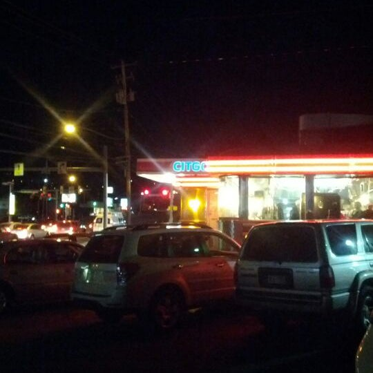 Photo taken at Chick's Diner by Abdullah A. on 1/8/2012
