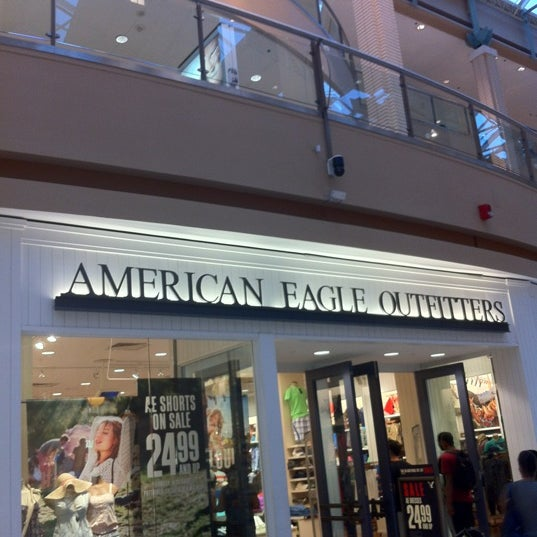 American one clothing store
