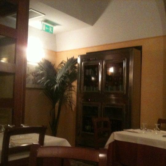 รูปภาพถ่ายที่ Giglio Rosso โดย Massimo V. เมื่อ 12/2/2011