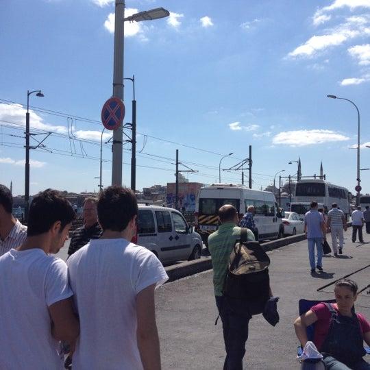 รูปภาพถ่ายที่ Galata On Numara โดย ibrahim B. เมื่อ 9/8/2012