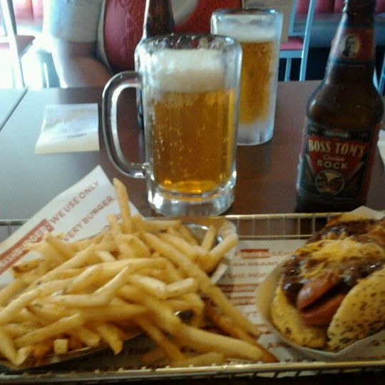 Photo taken at Smashburger by Ashley on 6/13/2012
