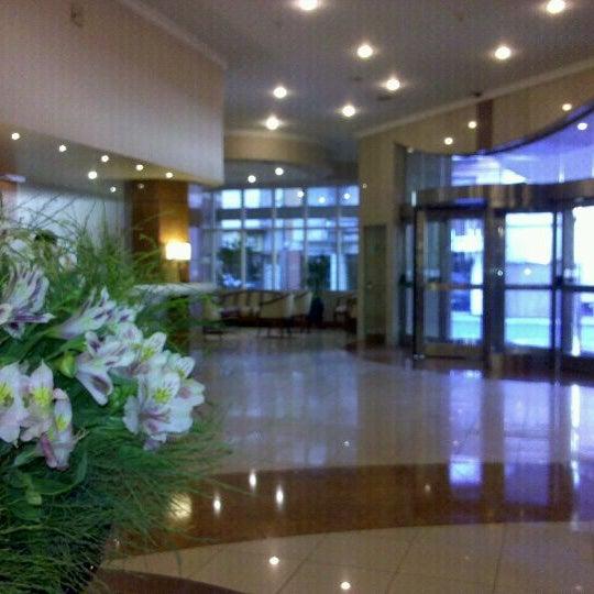 Foto tomada en InterTower Hotel por Pepe E. el 3/3/2012
