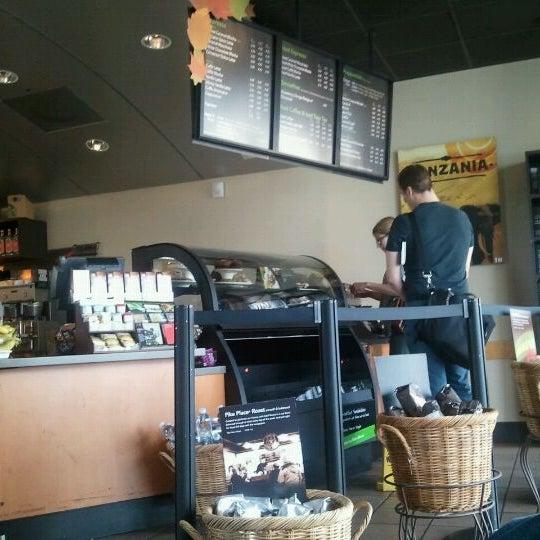 Photo taken at Starbucks by Glenn J. on 10/5/2011