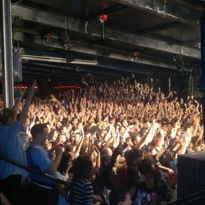 """Miglior discoteca """"alternativa"""" della provincia di Rimini! Diversi generi musicali: Rock, Dance, Electro, Techno, DrumAndBass, Dubstep e frequenti concerti live! Gente felice e prezzi sempre contenuti"""