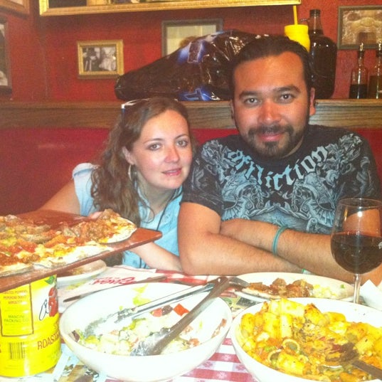 Photo taken at Buca di Beppo by José L. on 4/18/2012