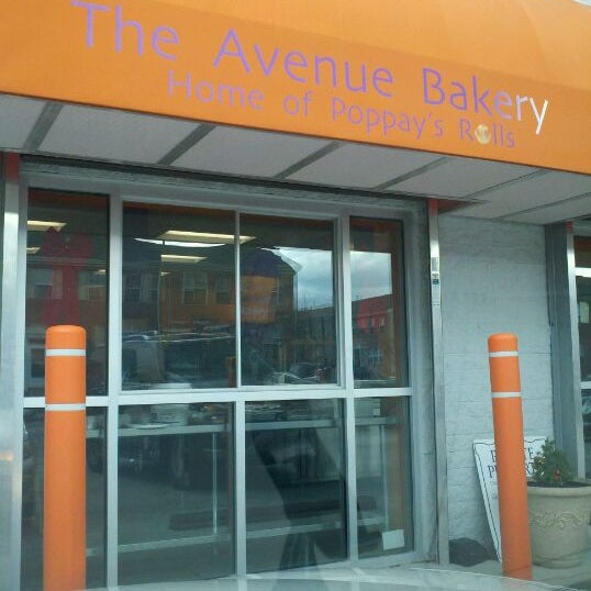 Photo taken at The Avenue Bakery by R M. on 12/23/2011