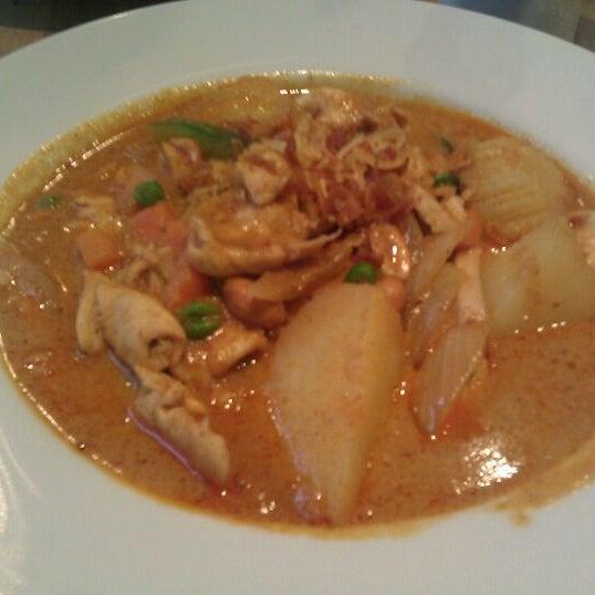 Photo taken at Nahm Thai Kitchen by Mina V. on 12/17/2011