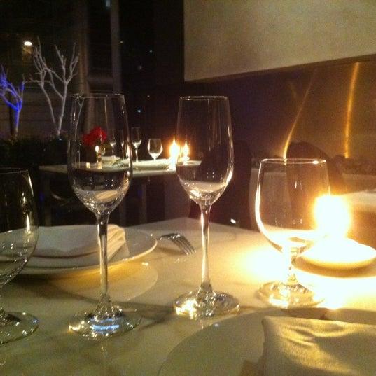 Foto tomada en Jaso Restaurant por Charly R. el 2/17/2012