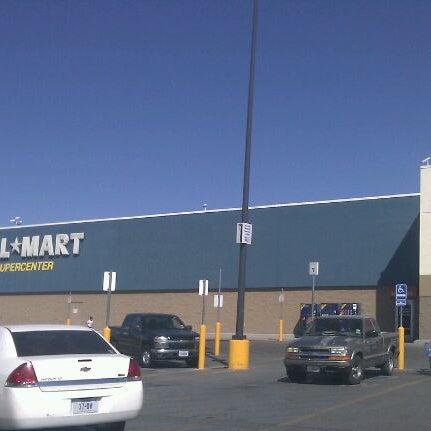 Photo taken at Walmart Supercenter by Armando on 10/23/2011