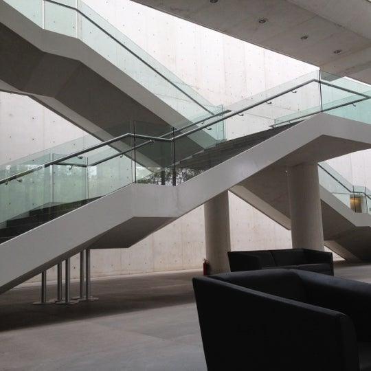 Foto tomada en MUAC (Museo Universitario de Arte Contemporáneo). por Diego T. el 4/17/2012