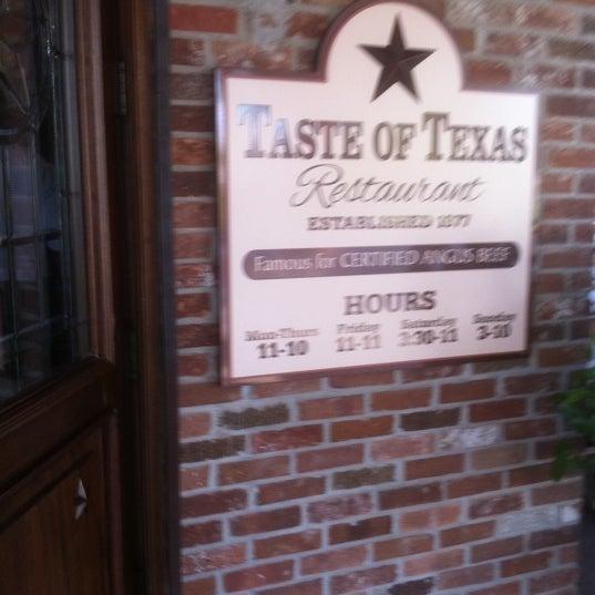 Foto tomada en Taste of Texas por Mark H. el 4/6/2011