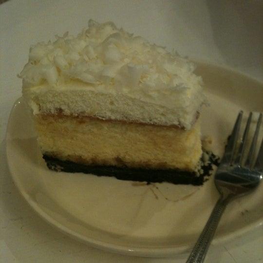 White Choc Cheese Cake อร่อยค่ะ ^^
