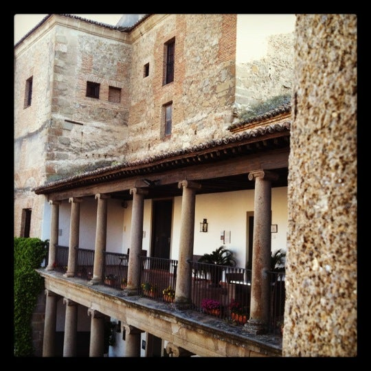 Photo taken at Hotel Parador de Oropesa by H T. on 5/18/2012