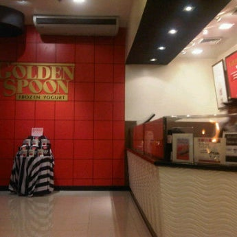 Photo taken at Golden Spoon by S G. on 2/13/2012