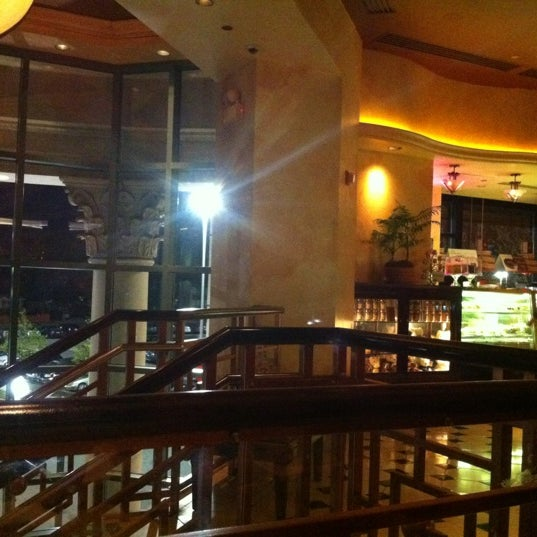 Photo taken at The Cheesecake Factory by Blah B. on 4/20/2012