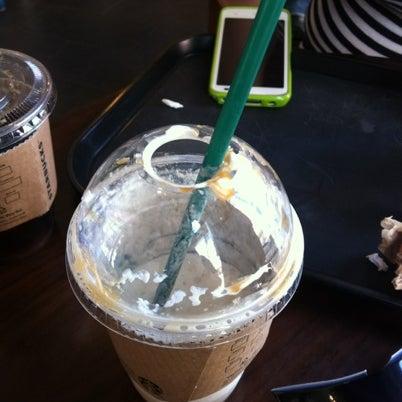 Photo taken at Starbucks by Miran M. on 7/26/2012