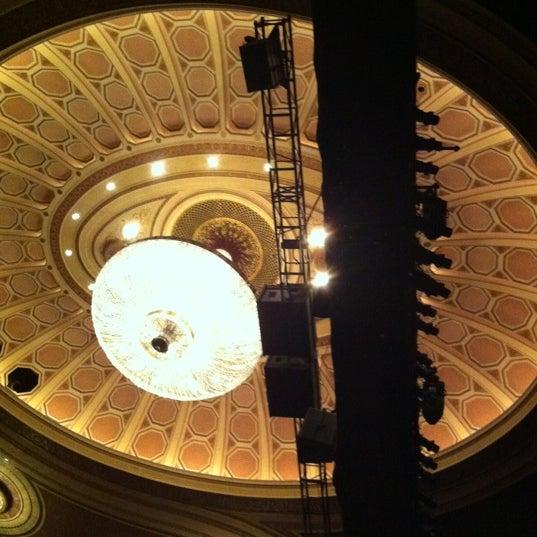 2/19/2012にKyle K.がBroadway Theatreで撮った写真