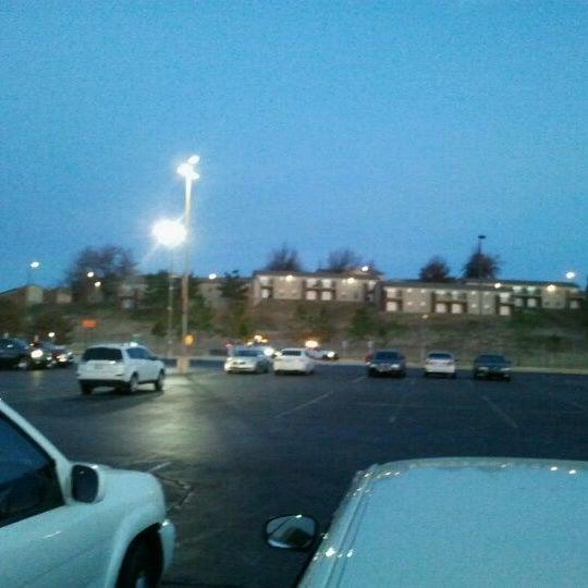 Photo taken at Oklahoma State University - Tulsa (OSU-Tulsa) by Carlos A. on 1/16/2012