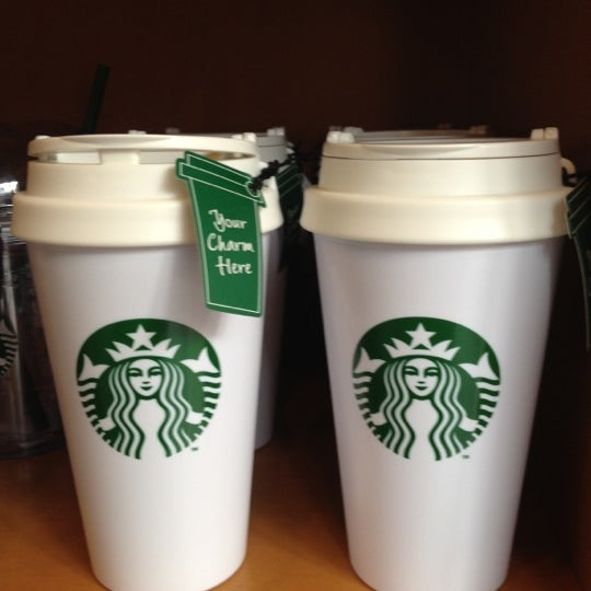 Photo taken at Starbucks by SLeEpLesS on 2/19/2012