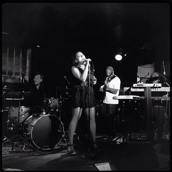 Photo prise au Cafe Du Nord par Crillmatic le8/13/2012