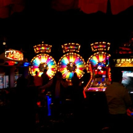 Photo taken at Dave & Buster's by Eddie M. on 1/12/2012