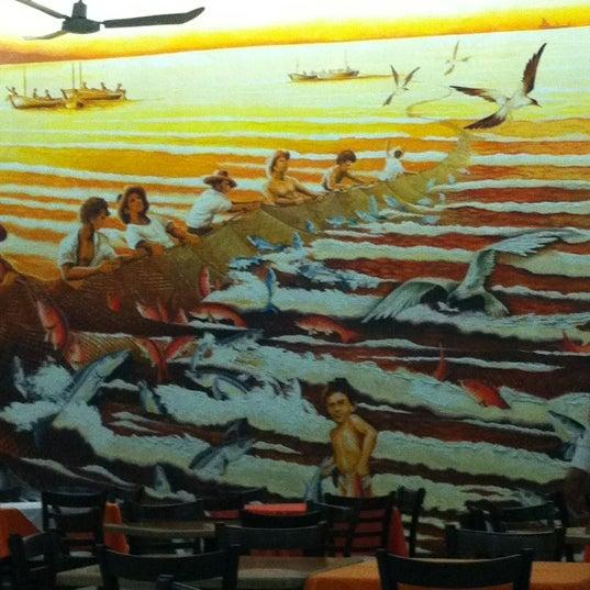 Photo taken at Restaurante Hnos. Hidalgo Carrion by Edgar C. on 4/16/2012