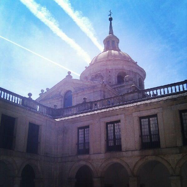 Photo taken at Monasterio de San Lorenzo de El Escorial by Laia M. on 5/27/2012