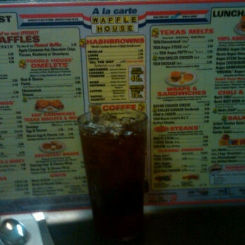 Photo taken at Waffle House by Jared M. on 12/3/2011
