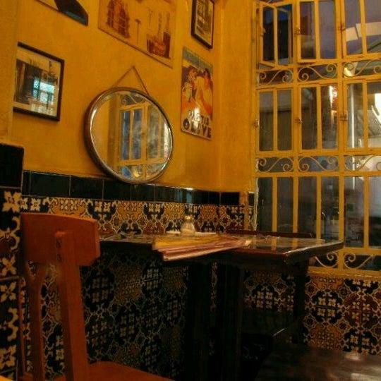 Foto tirada no(a) La Tartine Bistrot por Guilherme M. em 10/25/2011