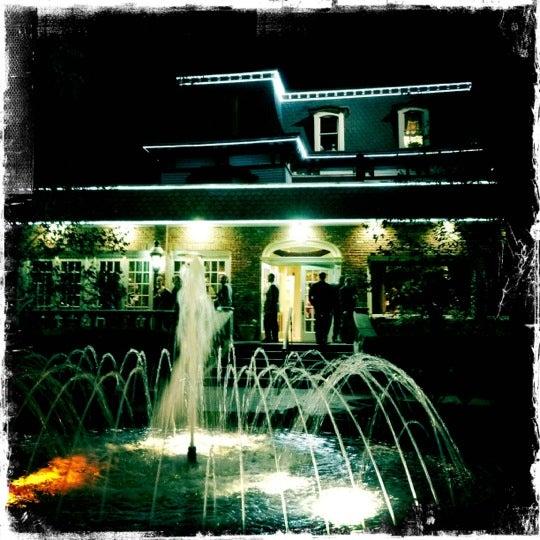Westbury Gardens Wedding: Westbury Manor