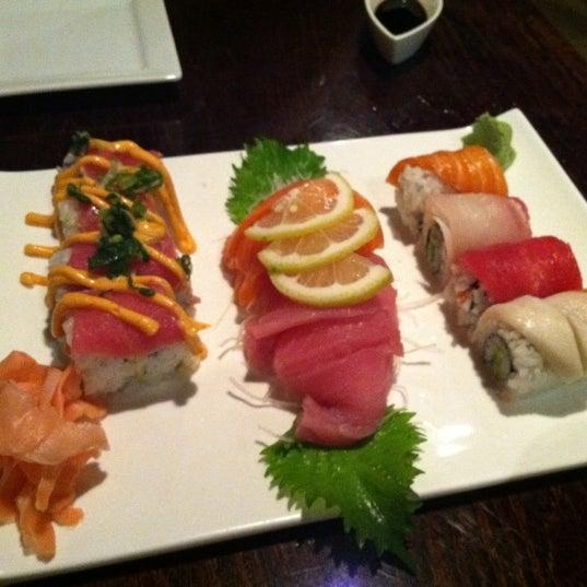 Photo prise au Sushi O Bistro par Amanda H. le3/2/2012
